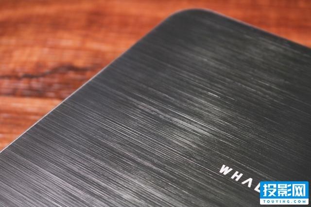 挑战微投亮度极限,微鲸智能投影F1体验