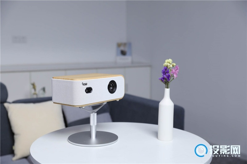 神画Q1智能影院深度评测 为您打造卧室私人影院