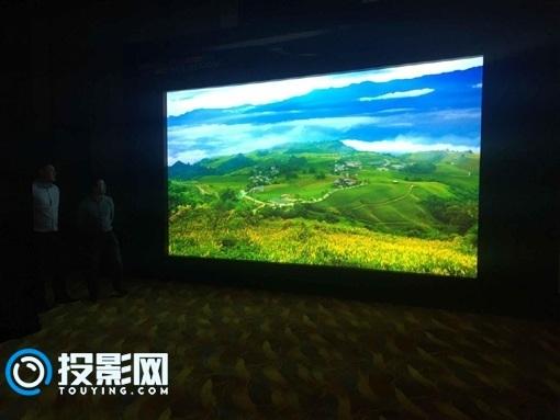 VISIONIC威赛尼光学细微透镜屏幕携手DP 8K全球首秀