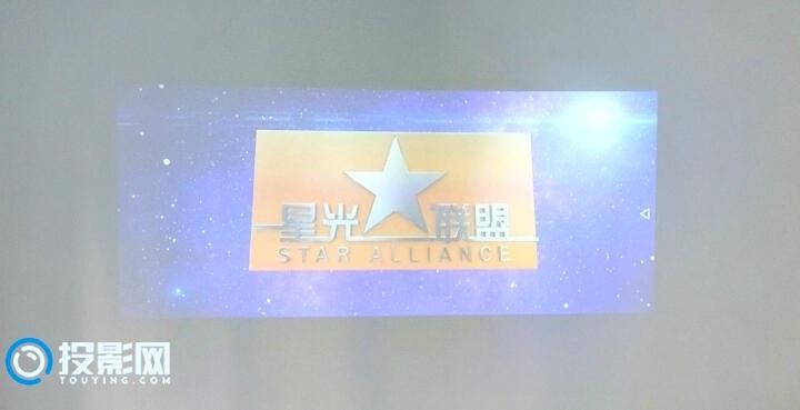 美高G20Pro看电视、看大片,有一种家庭影院的感觉