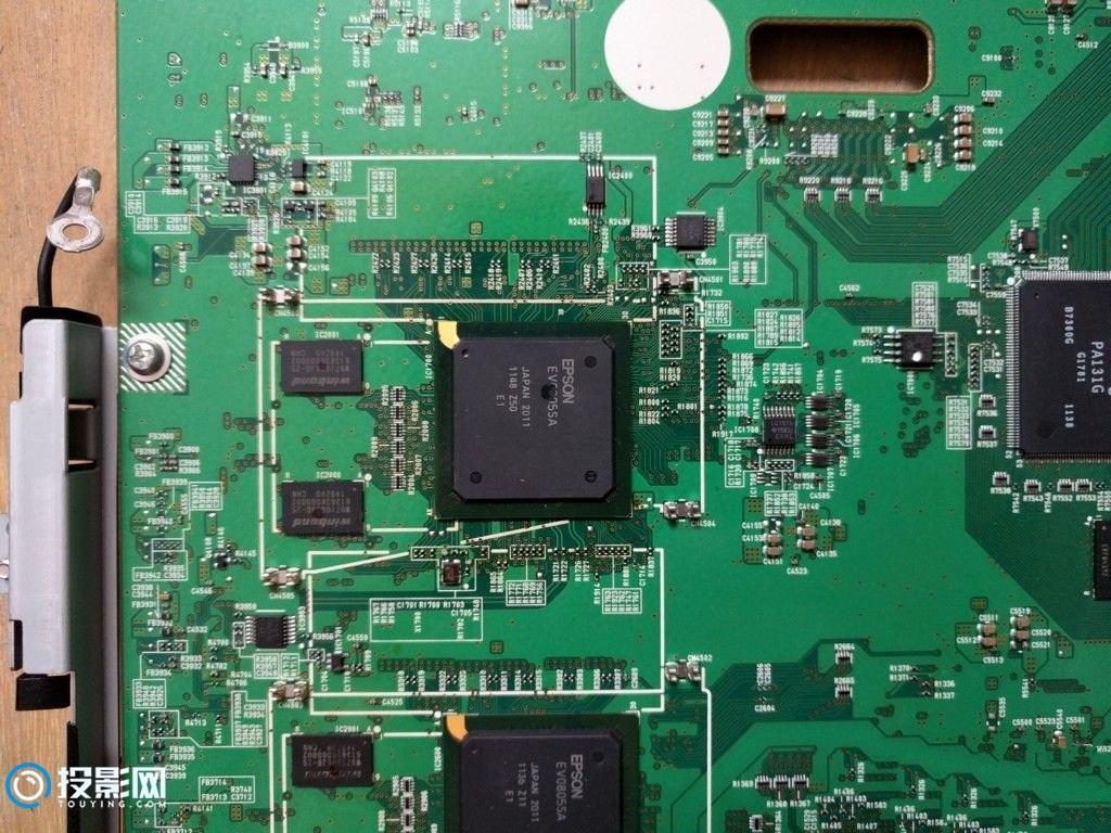 爱普生家用3LCD投影机拆机,当时售价20K!