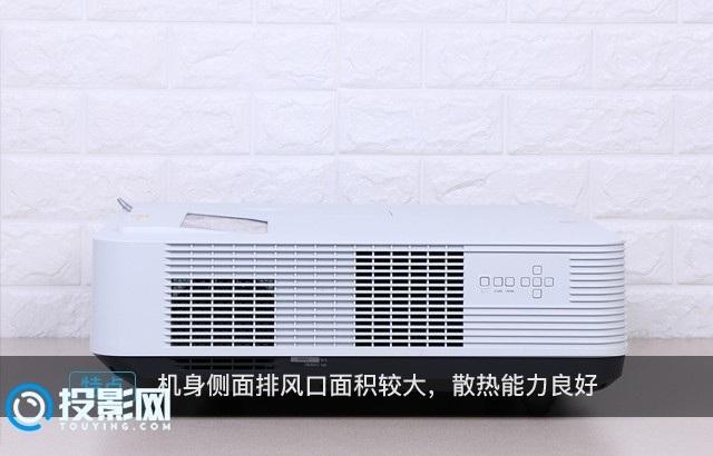 色彩还原较好,使用体验出色 索尼VPL-U300WZ超短焦投影机评测