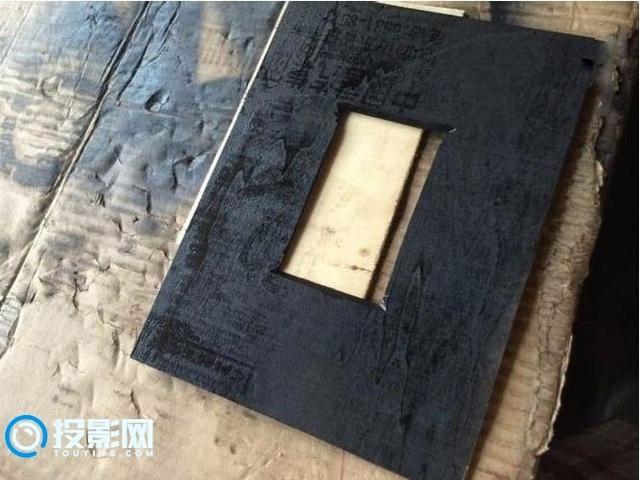 低成本改造:废旧破手机DIY成投影仪,只用了85块钱!