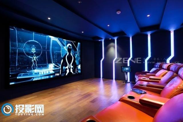私人家庭影院如何选择合适的投影幕布?
