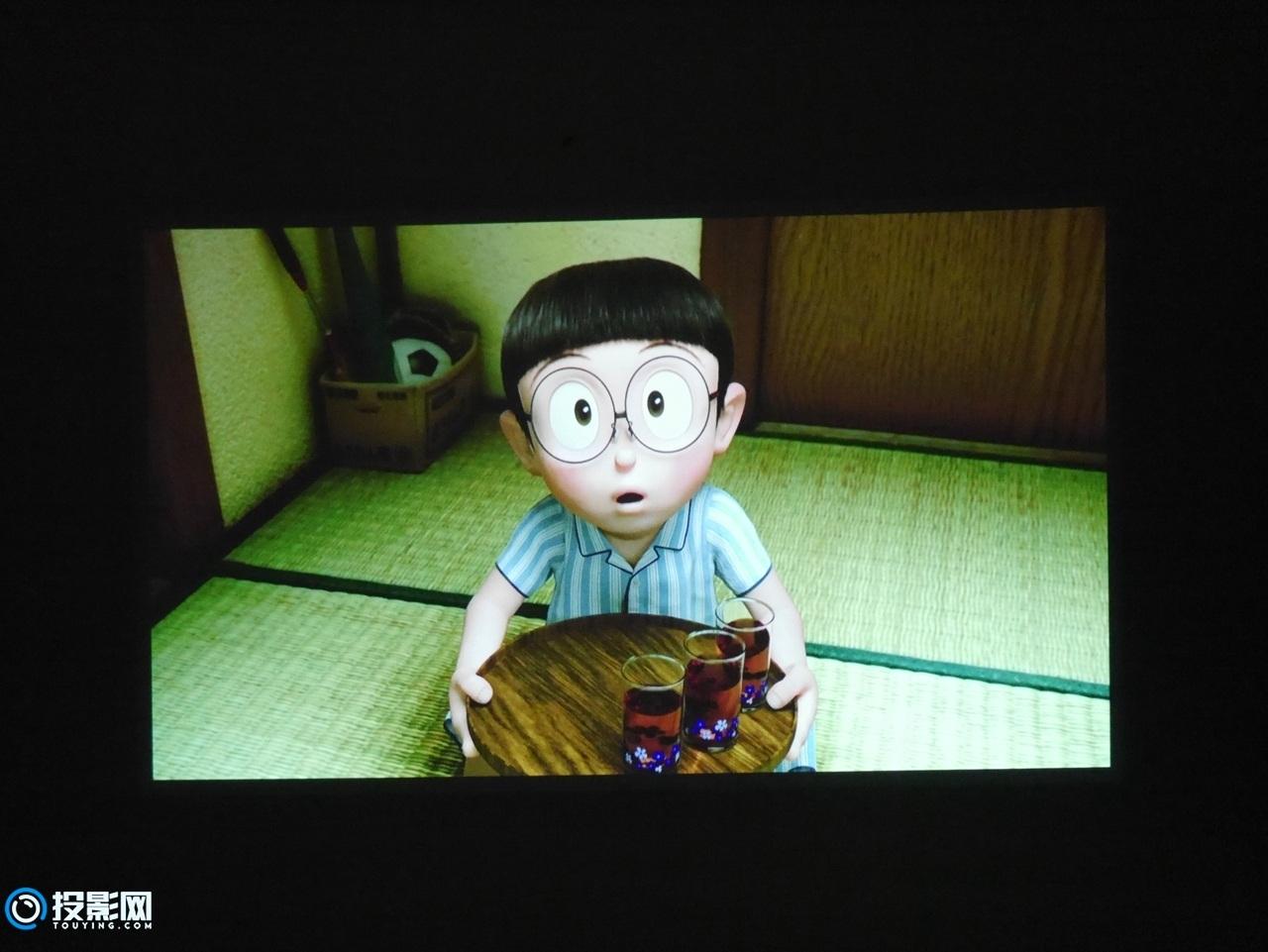 年轻人的第一款电视投影产品 极米芒果小觅智能投影评测