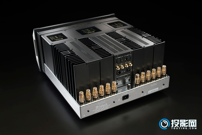 新一代功率最大的立体声后级放大器 McIntosh(麦景图)MC462