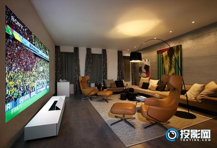 投影仪到底能不能替代电视?答案是不能