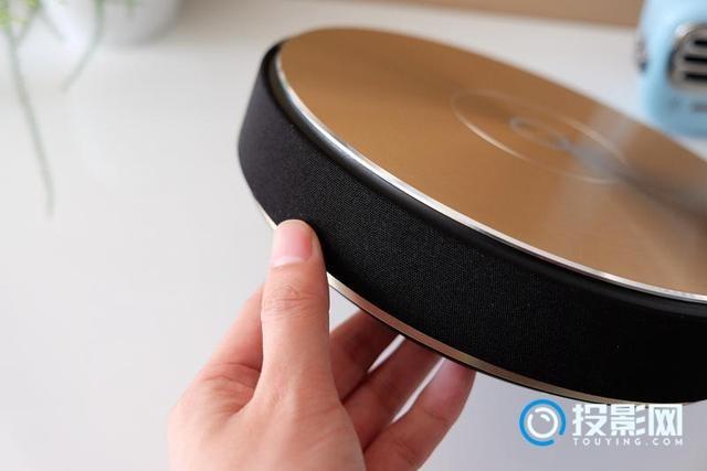 坚果再推新品神器:坚果E9全高清投影仪评测