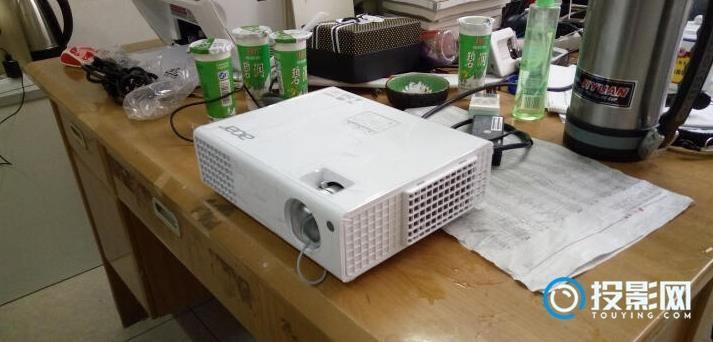 宏碁H6510BD投影机上手作业 发个口碑点评下