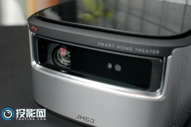 带给你身临其境感的观影神器 坚果J7智能投影体验评测