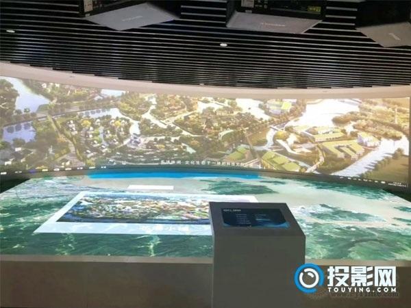 10米弧幕尽展北仑经济发展史 SEEMILE助力展厅打造形象窗口