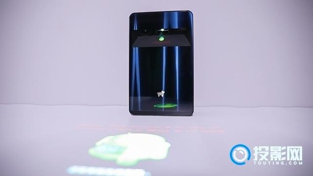 投影仪黑科技:Desktopography未来感十足的科技产物