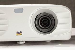 办公娱乐两相宜 优派THD701全高清投影机评测