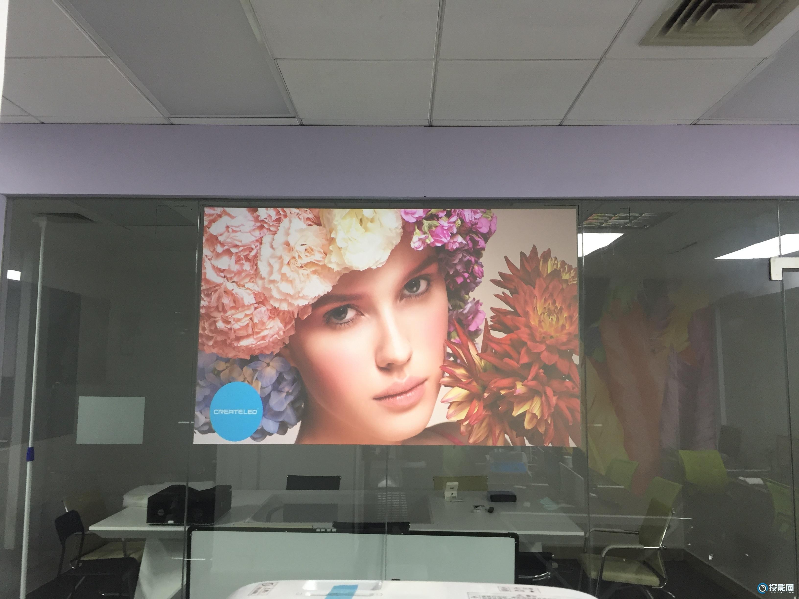 投影技术运用在商业橱窗展示效果不再是凭空想象