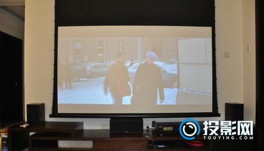 幕布和投影机的选择及安装注意事项