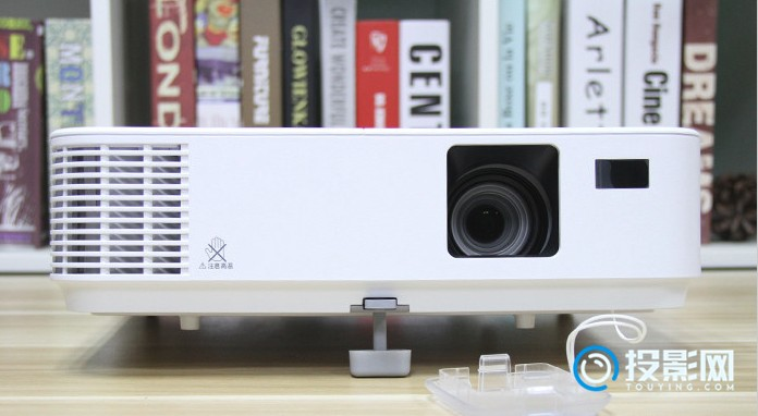 NECCD3105H家用投影机测评:画面决定了价格