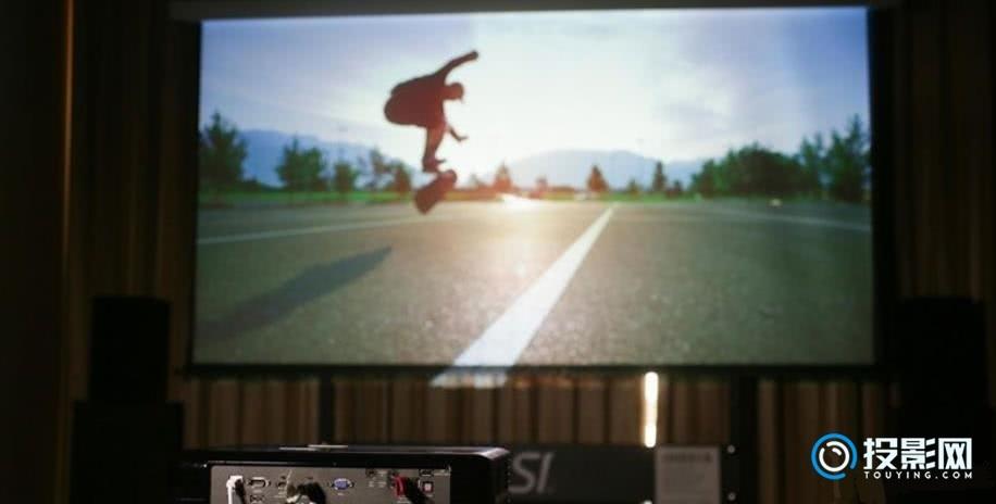奥图码UHD51A评测:一款支持语音控制的4K投影仪!