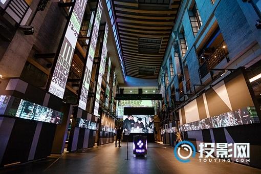 媒体建筑双年展 :爱普生投影仪为你打造的梦幻场景